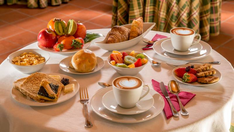 resort-la-rocchetta-frühstück-01