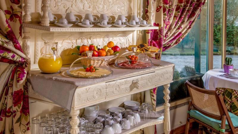 resort-la-rocchetta-breakfast-04